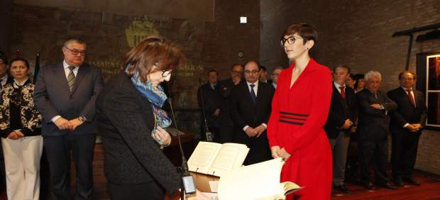 Toma de posesión de Rosa Montolío como miembro de la Cámara de Cuentas.