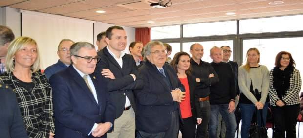 Angel Ros, Oscar Ordeig, Antoni Siurana y otros miembros del PSC de Lleida