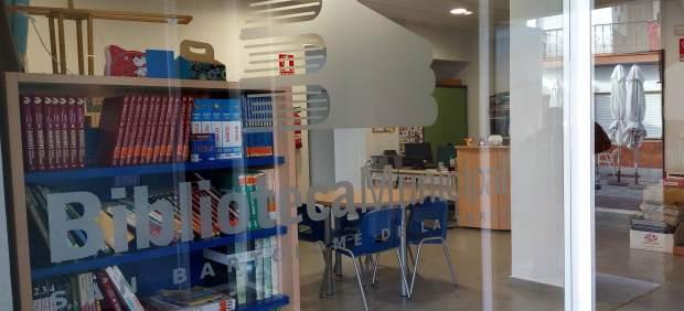 El Ayuntamiento de San Bartolomé impulsa la creación de un club de lectura.