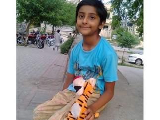 Jonathan, niño pakistaní
