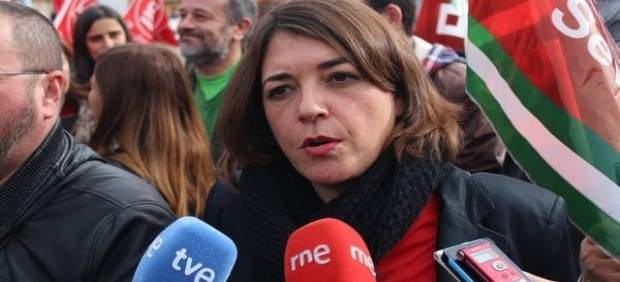 La dirigente del PCA Elena Cortés