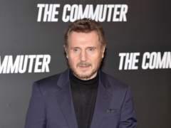 El hijo de Liam Neeson se cambia el apellido al de su madre fallecida