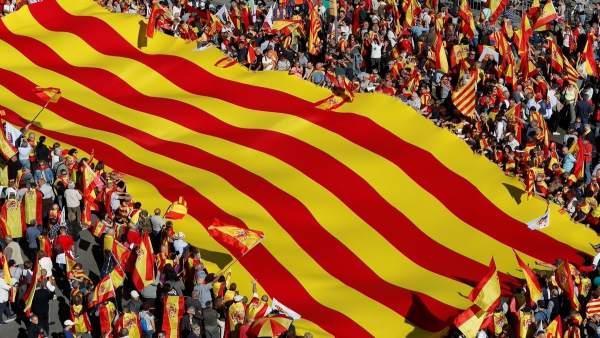 Manifestación por la unidad de España a finales de octubre de 2017
