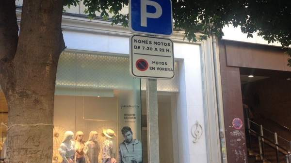 Una señal en valenciano en València