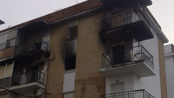 Incendio registado en un bloque de Dos Hermanas