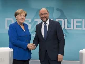 El ala izquierdista del SPD alemán exige mejoras en el preacuerdo con Merkel