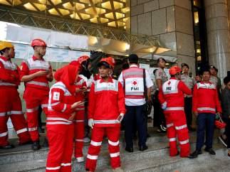 Más de 70 heridos al derrumbarse el suelo de la Bolsa de Yakarta