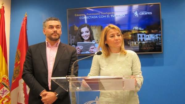 Cáceres se presenta en Fitur como Ciudad Intgeligente