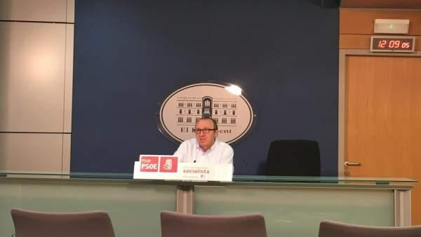 Andreu Alcover en rueda de prensa