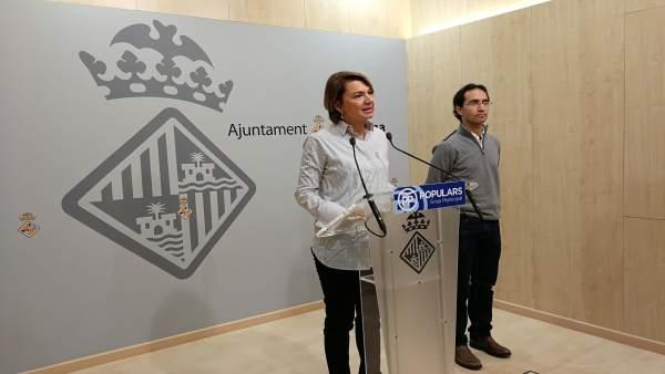 Margalida Durán y Guillermo Sánchez en rueda de prensa