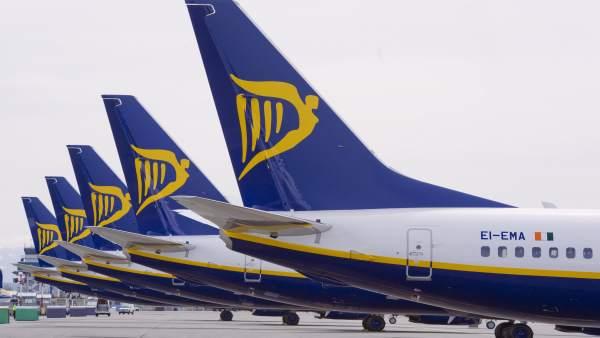 La Unió de Consumidors facilita un formulari per a reclamar pel cobrament de les maletes en Ryanair