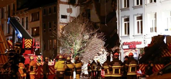 Explosión en un edificio de Amberes