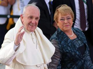 El papa llega a un Chile cada vez más laico y distanciado de la Iglesia por los abusos sexuales