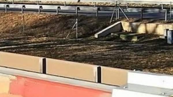 El hombre realizó la fotografía desde el tejado de un área de servicio.