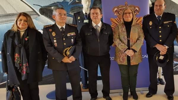 Presentación de José Berrocal como nuevo jefe de la Policía Nacional en Linares.