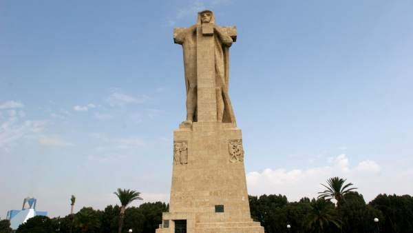 Monumento a Colón en Huelva