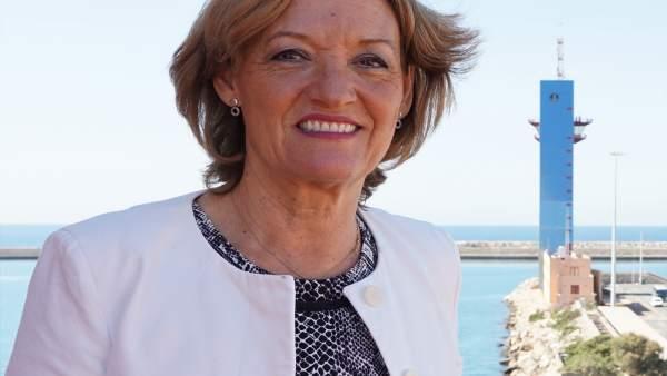 La presidenta de la Autoridad Portuaria de Almería, Carmen Ortiz