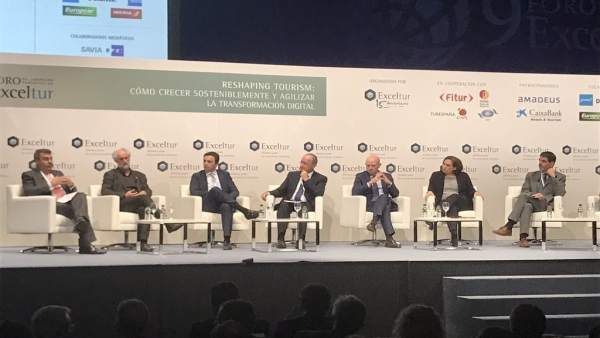 Exceltur alcalde de la torre turismo málaga sostenible fitur foro liderazgo
