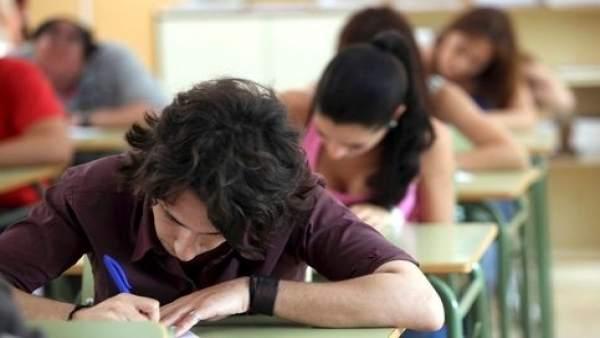 Alumnos en clase