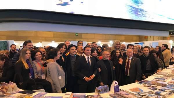 Un nutrido grupo de profesionales del cine han arropado a Diputación en Fitur.