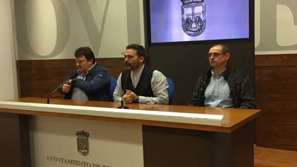 Ricardo Fernández y taxistas