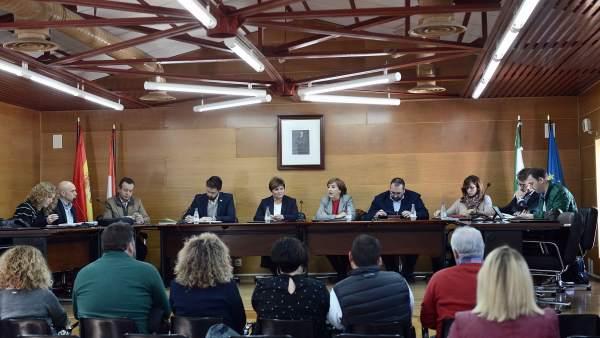 Nota Y Foto / La Comarca De Los Montes Recibe Más De 40 Millones De La Junta En