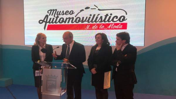 El Ayuntamiento De Málaga Informa: El Museo Automovilístico Y De La Moda Present