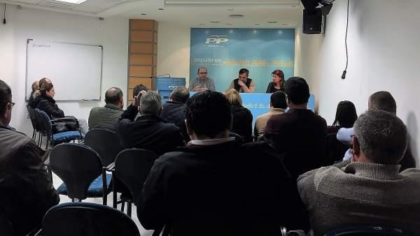 El PP se reúne con agricultores de El Ejido