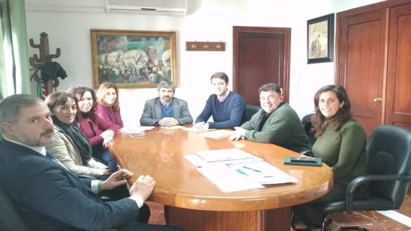 Reunión en Coria en torno a la ILM.