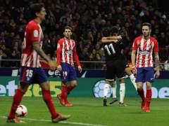 El Sevilla remonta ante el Atlético en el Wanda y toma ventaja