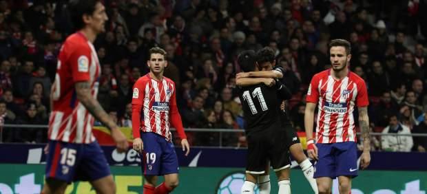 El Sevilla remonta ante el Atlético en el Wanda y toma ventaja en la Copa del Rey