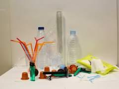 Guerra contra los plásticos: las autoridades dan pasos para acabar con la contaminación