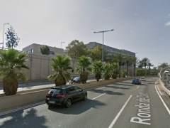 Ocho kilómetros de retenciones por un accidente en la Ronda de Dalt de Barcelona