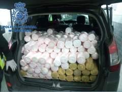 Detenidos nueve miembros de una banda con 745 kilos de cocaína, la mitad oculta en piñas