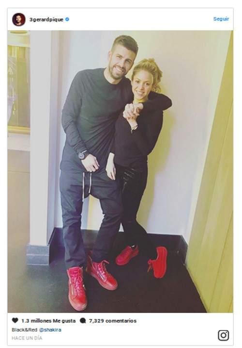 Shakira y Piqué muestran su primer posado del 2018