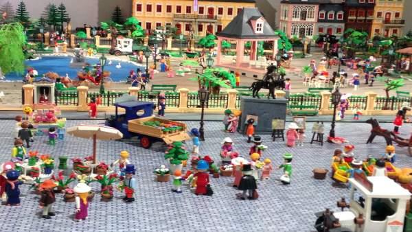 Exposición de los Clicks de Playmobil®  del Ateneo Mercantil