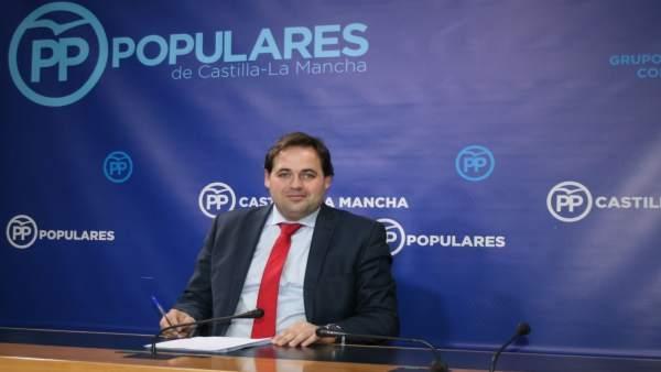 Francisco Núñez en rueda de prensa