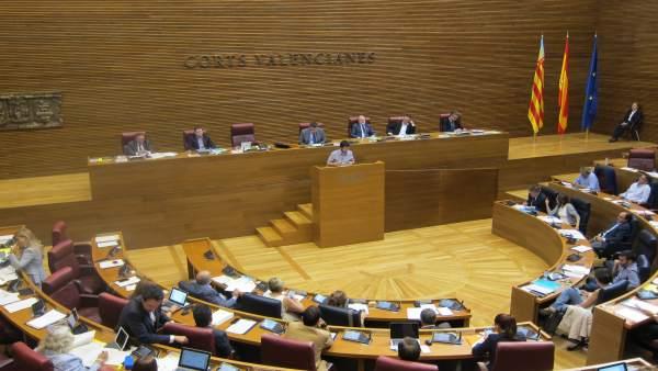 El síndic de Podem, Antonio Estañ, durante el Debate de Política General