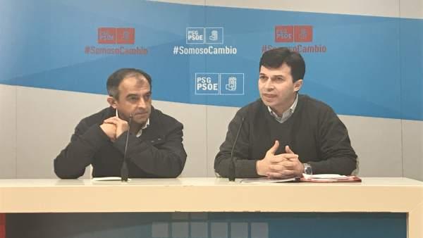 El líder del PSdeG, G. Caballero, junto al de UGT Galicia, José Antonio Gómez