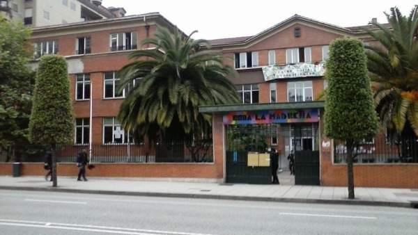 Edificio ocupado de 'La madreña'