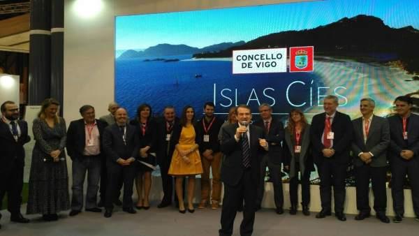 Vigo presenta campaña de las Cíes en Fitur