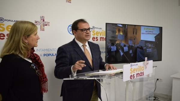 Amidea Navarro y Jaime Ruiz, en rueda de prensa