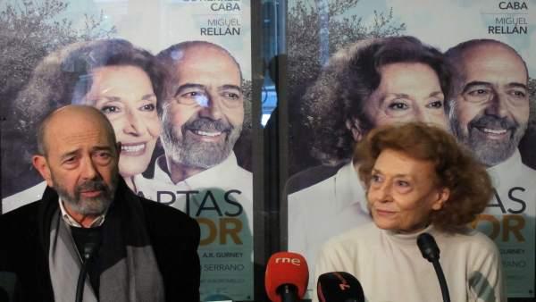 Miguel Rellán y Julia Gutiérrez Caba presentan ' Cartas de amor' en València