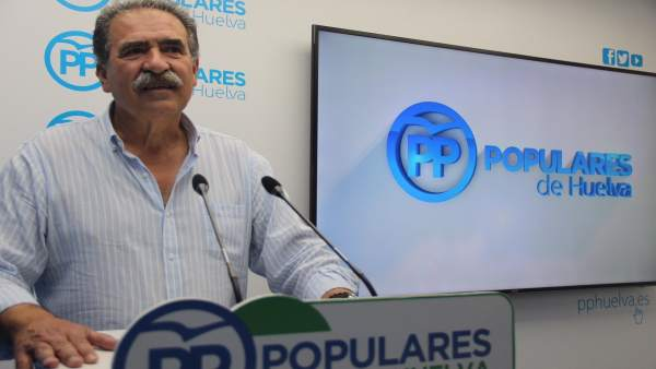 El presidente del PP de Niebla (Huelva), Antonio Fernández Regidor