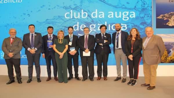 Nota De Prensa E Fotografía: O 'Club Da Auga De Galicia' Bota A Andar En Fitur U