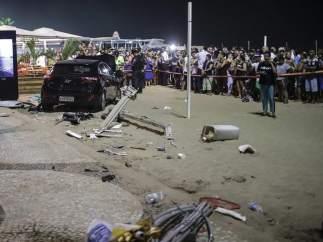 Un bebé muerto y una docena de heridos en un atropello masivo en la playa de Copacabana