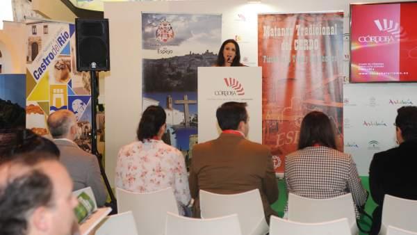 Carmen Gómez durante la presentación