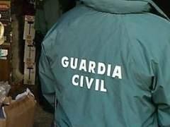 La Guardia Civil registra la sedes de ANC, Òmnium y el Centro de Telecomunicaciones