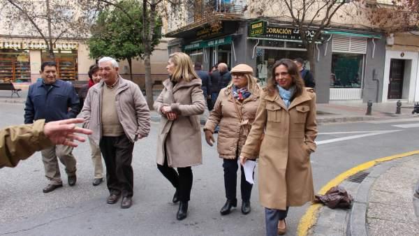 Nota Del Grupo Popular En Granada Sobre El Comercio En Beiro