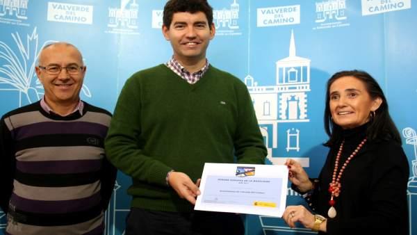 Nota De Prensa Y Foto: Nueva Iniciativa Para Promover Al Movilidad Sostenible